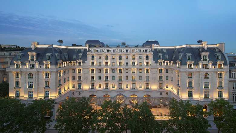 Paris The Peninsula Hotel Luxury Vacation Exterior